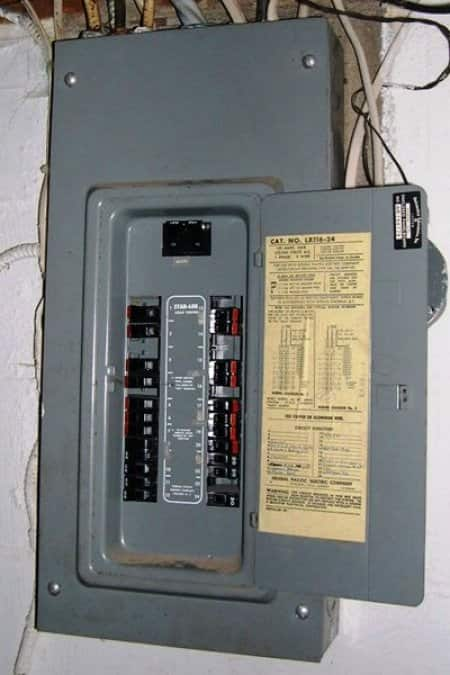 Cost to Replace a Circuit Breaker Box | Angie's List