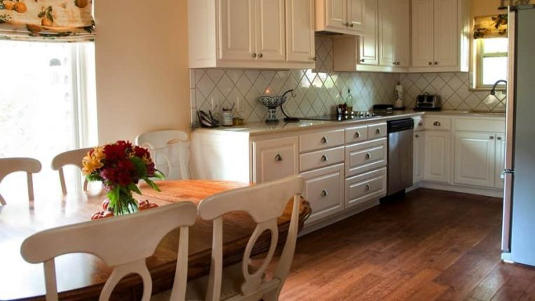 Interior Designers and Decorating   Angie s List 5 Tips to Brighten a Dark Kitchen