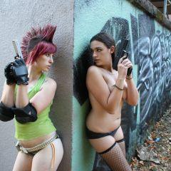 Guns & Girls: Rachel and Ciara