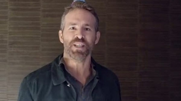 Ryan Reynolds slams Hugh Jackman
