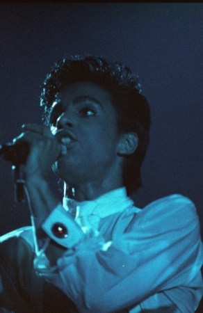 Prince & The Revolution Live 08/17/1986 (1986 Arne van der Zande)