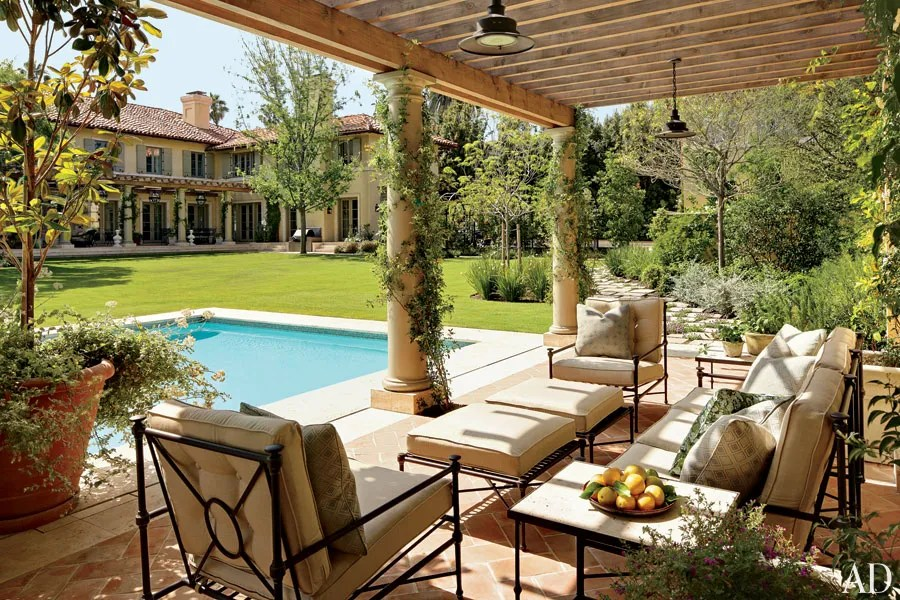 patio and outdoor space design ideas