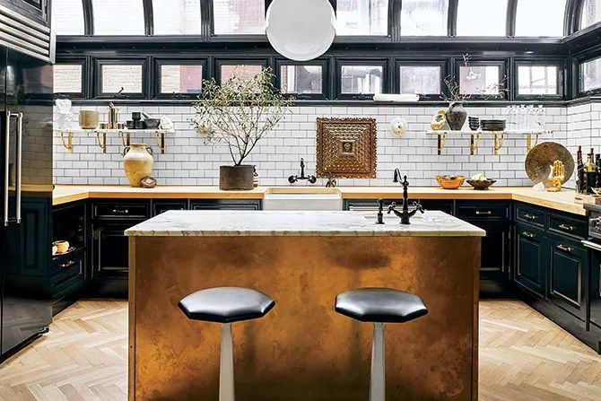 These 20 Black Kitchens Make A Stylish Impact Photos