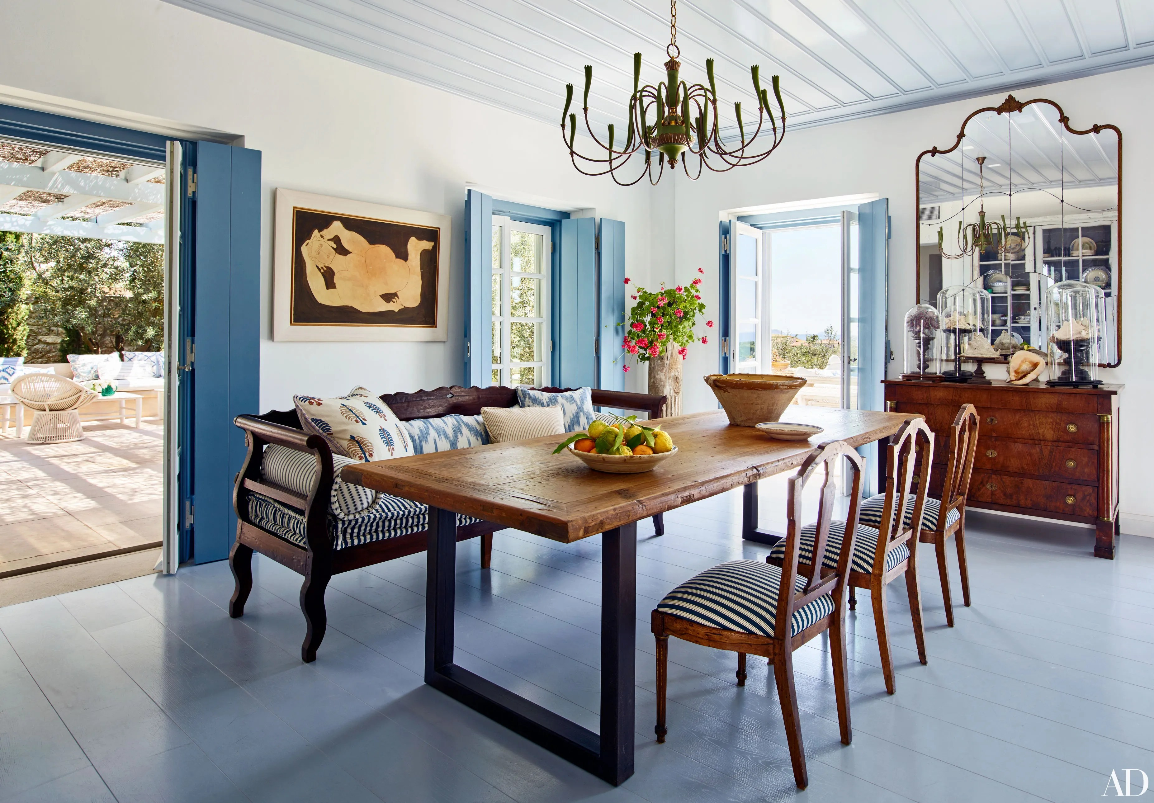 Tips to Mix and Match Dining Room Chairs Successfully     Tips to Mix and Match Dining Room Chairs Successfully   Architectural Digest