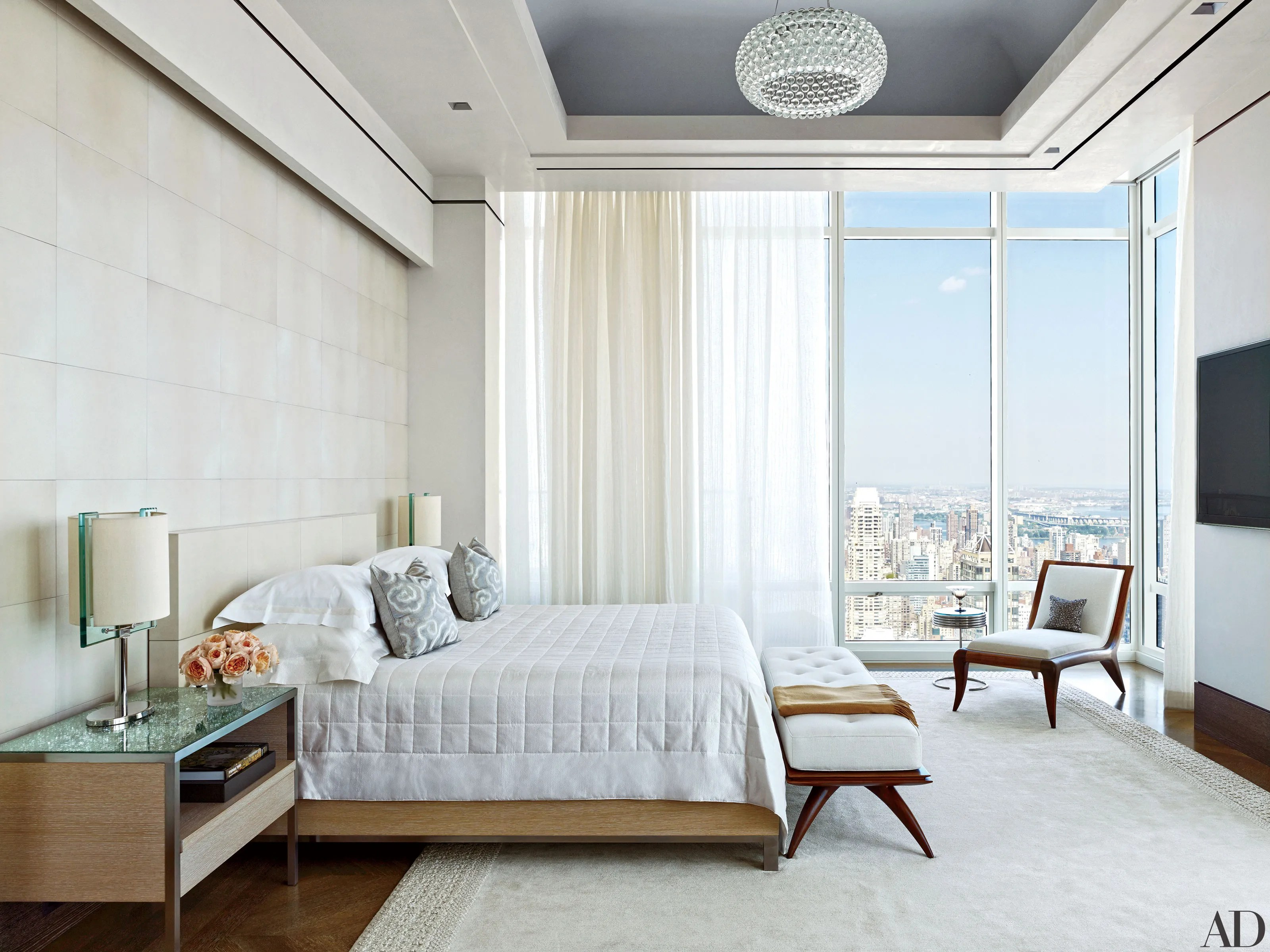 14 white bedrooms done right
