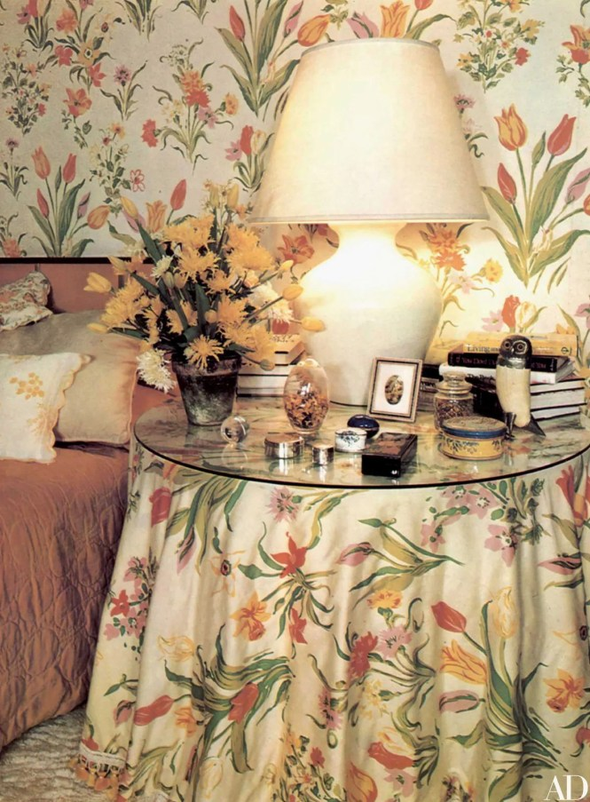 Pfl Print In Bedroom Provides Cheerful Atmosphere For Early Riser While Chaise Longue Reading Comer