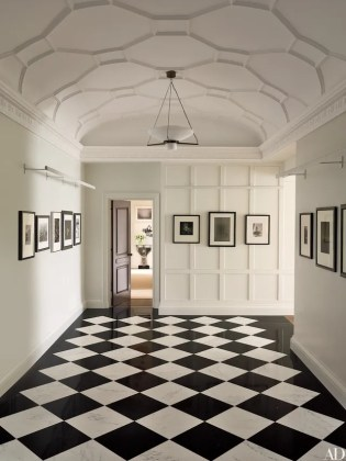42 Entryway Ideas for a Stunning  Memorable Foyer Photos     black and white entrance hall