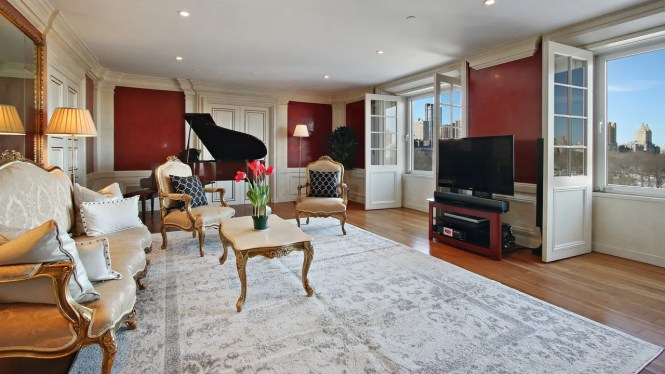 David Bowie S Former Apartment