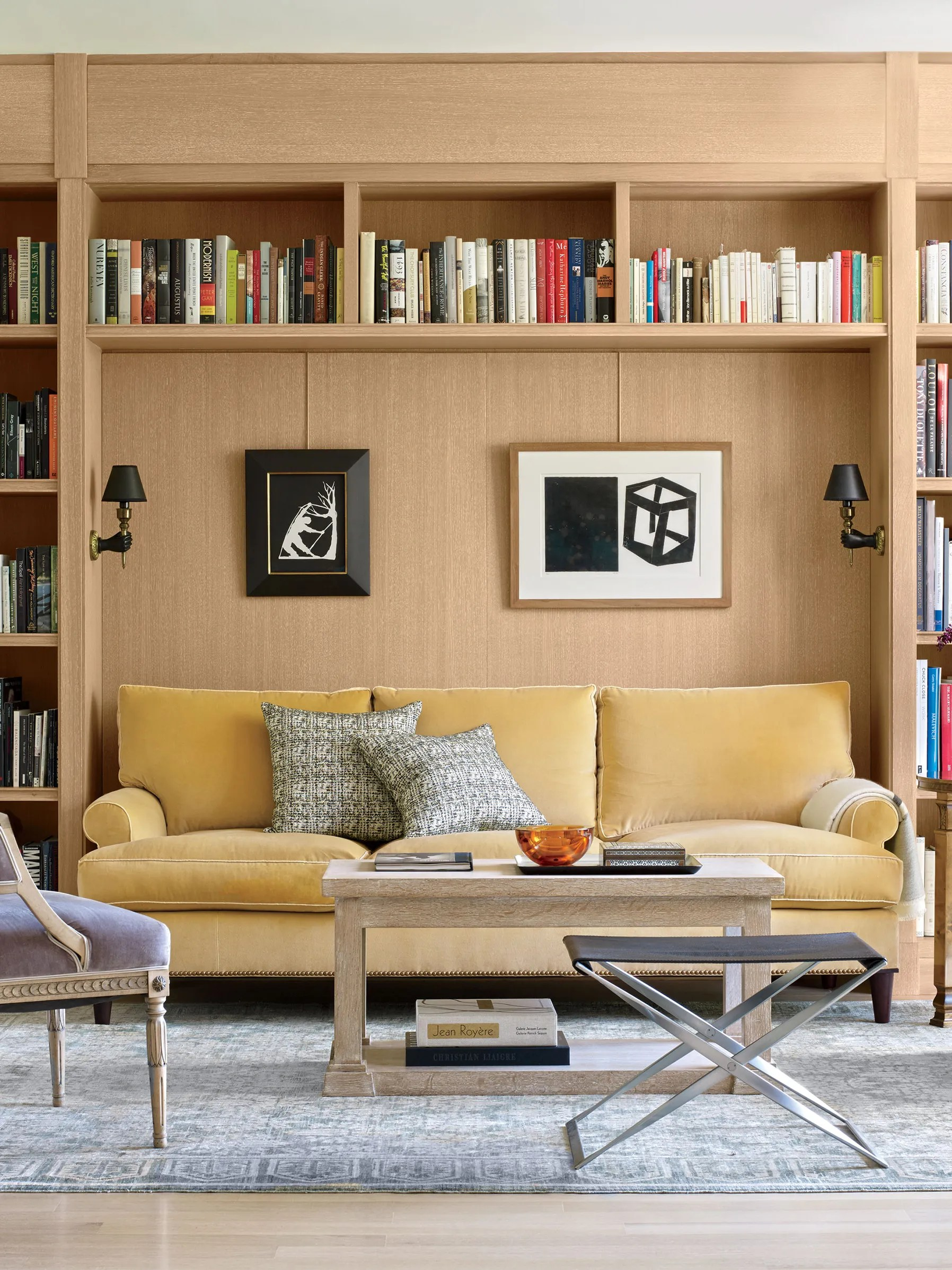 How To Decorate A Bookshelf 25 Stylish Design Tips For Your