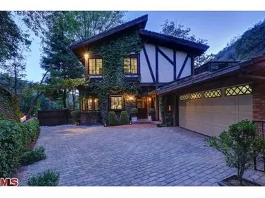 Cher's house