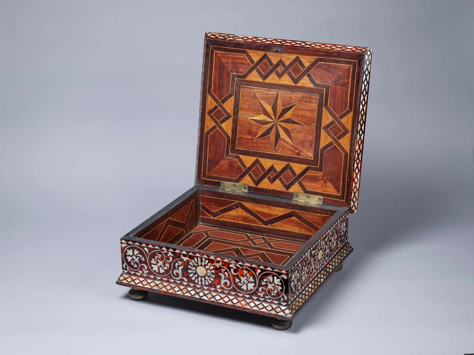 An early 1700s Peruvian box that is partial to.