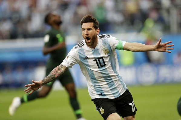 Image result for pic of messi in argentina color