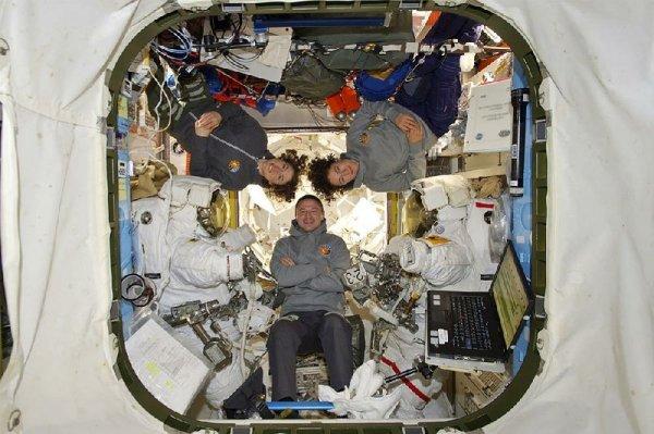 1st all-female spacewalk a success