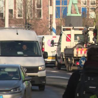 Bewoners Nassaukade vrezen extra verkeersdrukte door autoluwe binnenstad