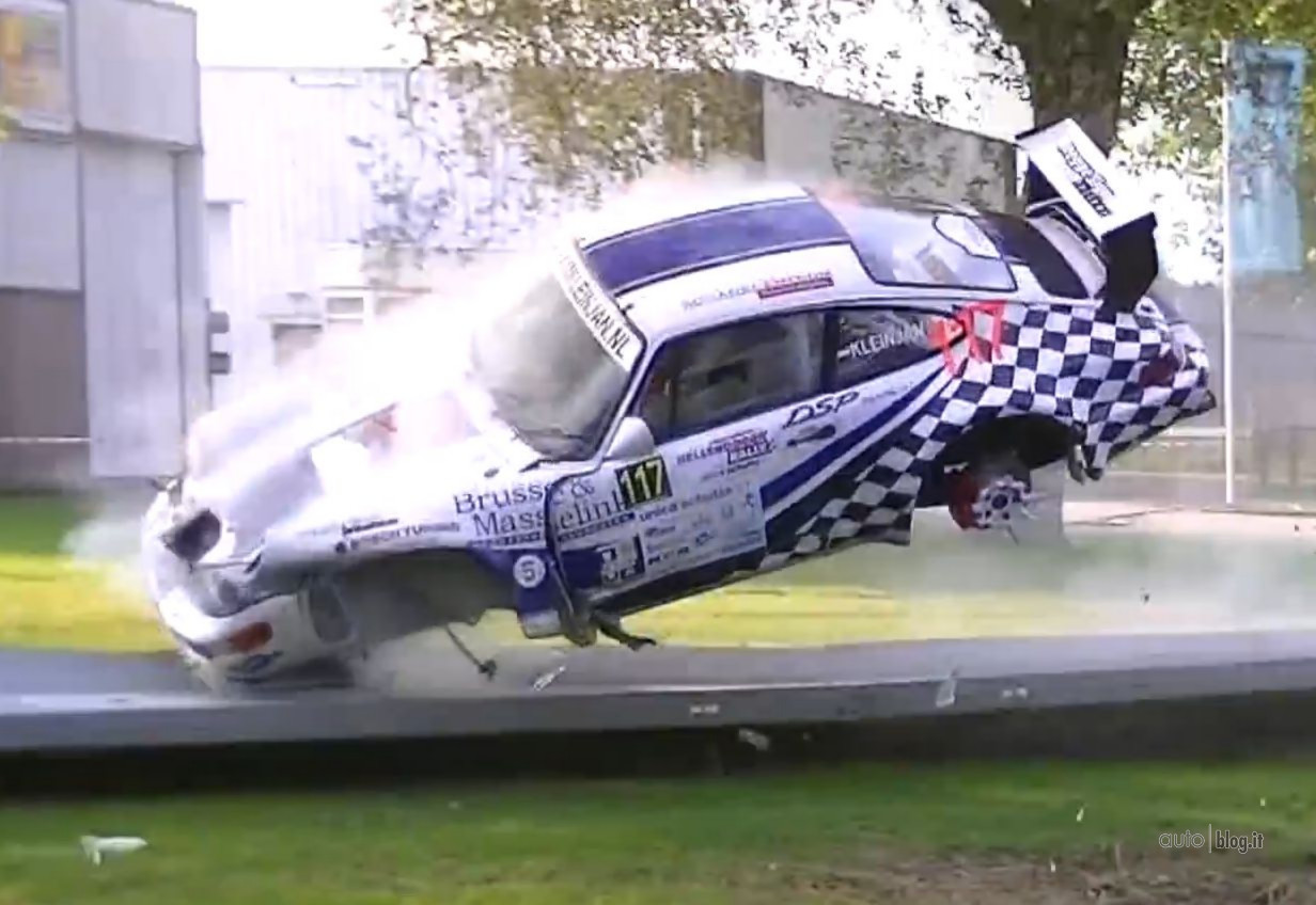 #RacingFriday #Racing #CrashCompilation #FailHappens