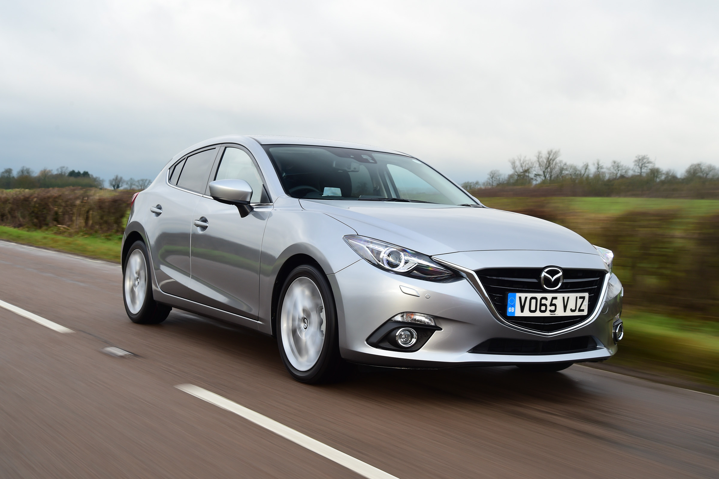 new mazda 3 diesel review auto express