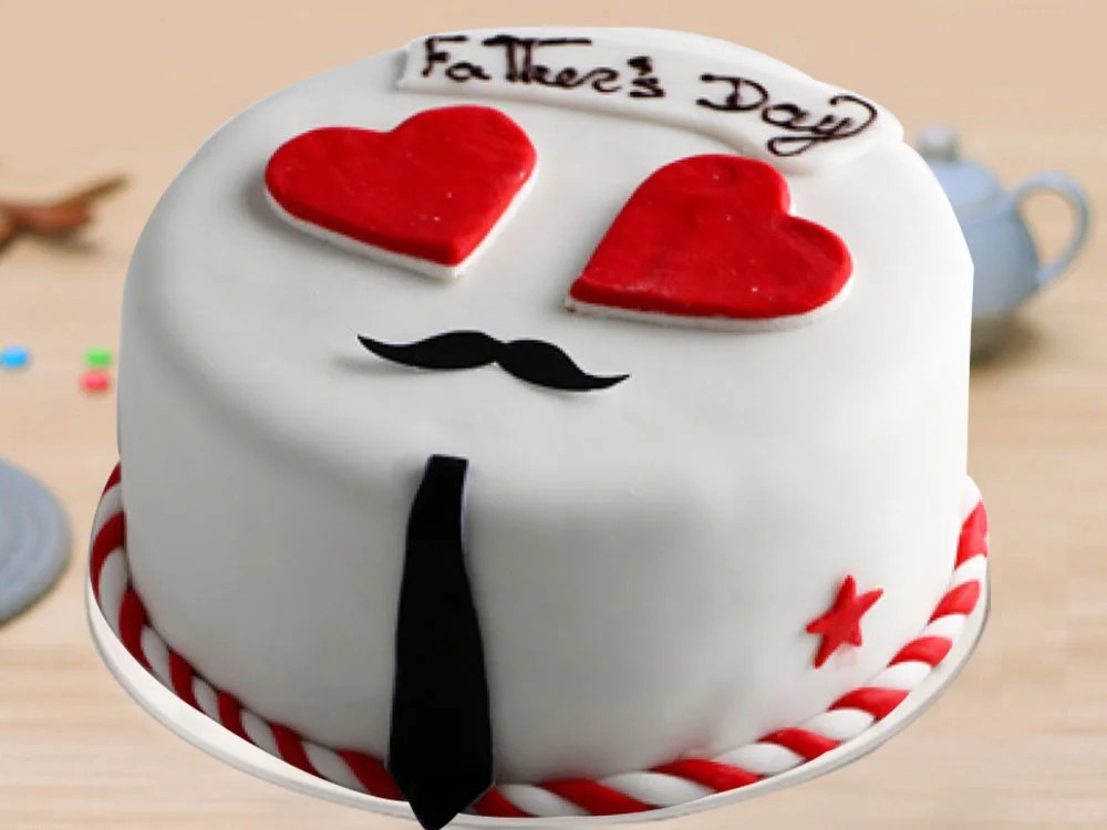 Buy Fathers Day Cake With Hearts Dearest Daddy Designer Cake