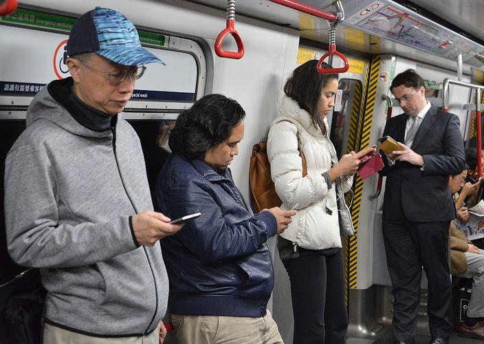 騙徒入侵WhatsApp取驗證碼 欺騙通訊錄友人買點數卡   社會事   巴士的報