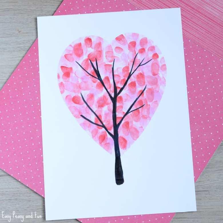 Alla hjärtans dag, pyssel, pyssla, pysseltips, pysselidéer, barn, barnpyssel, pyssel för barn, enkelt pyssel, avtryck, fingeravtryck, skola, förskola, fritids, skapa, skapande, kreativitet, kärlek, träd, göra träd av fingeravtryck, Alla hjärtans dags present, Alla hjärtans dags kort, Alla hjärtans dags pyssel