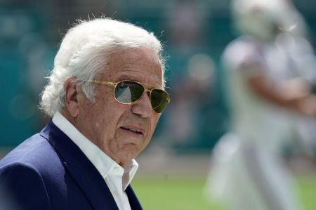 Florida Prosecutors Drop Prostitution Charges Against New England Patriots Owner Robert Kraft