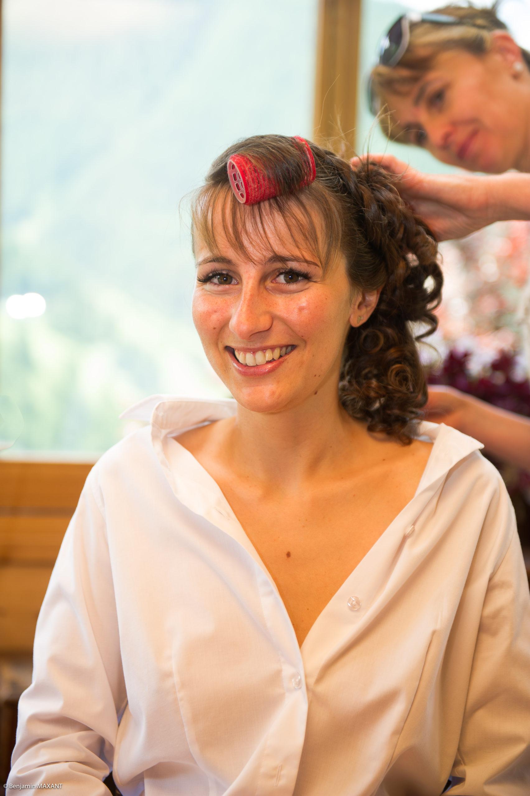 Préparation de Pauline la mariée - la coiffure