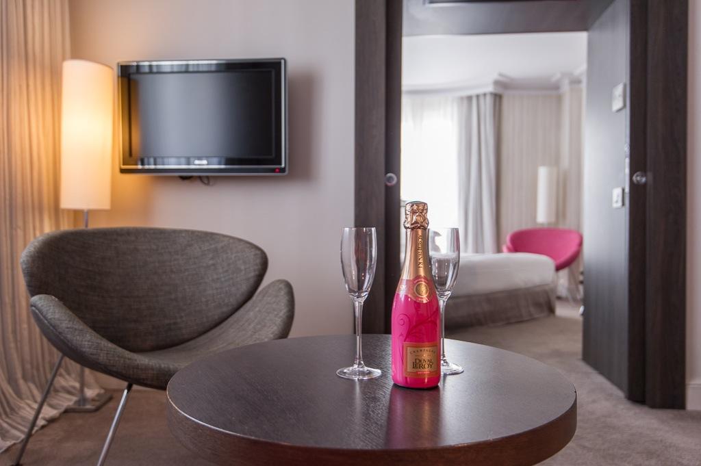 Shooting photos immobilier d'hôtel - chambre à Nice