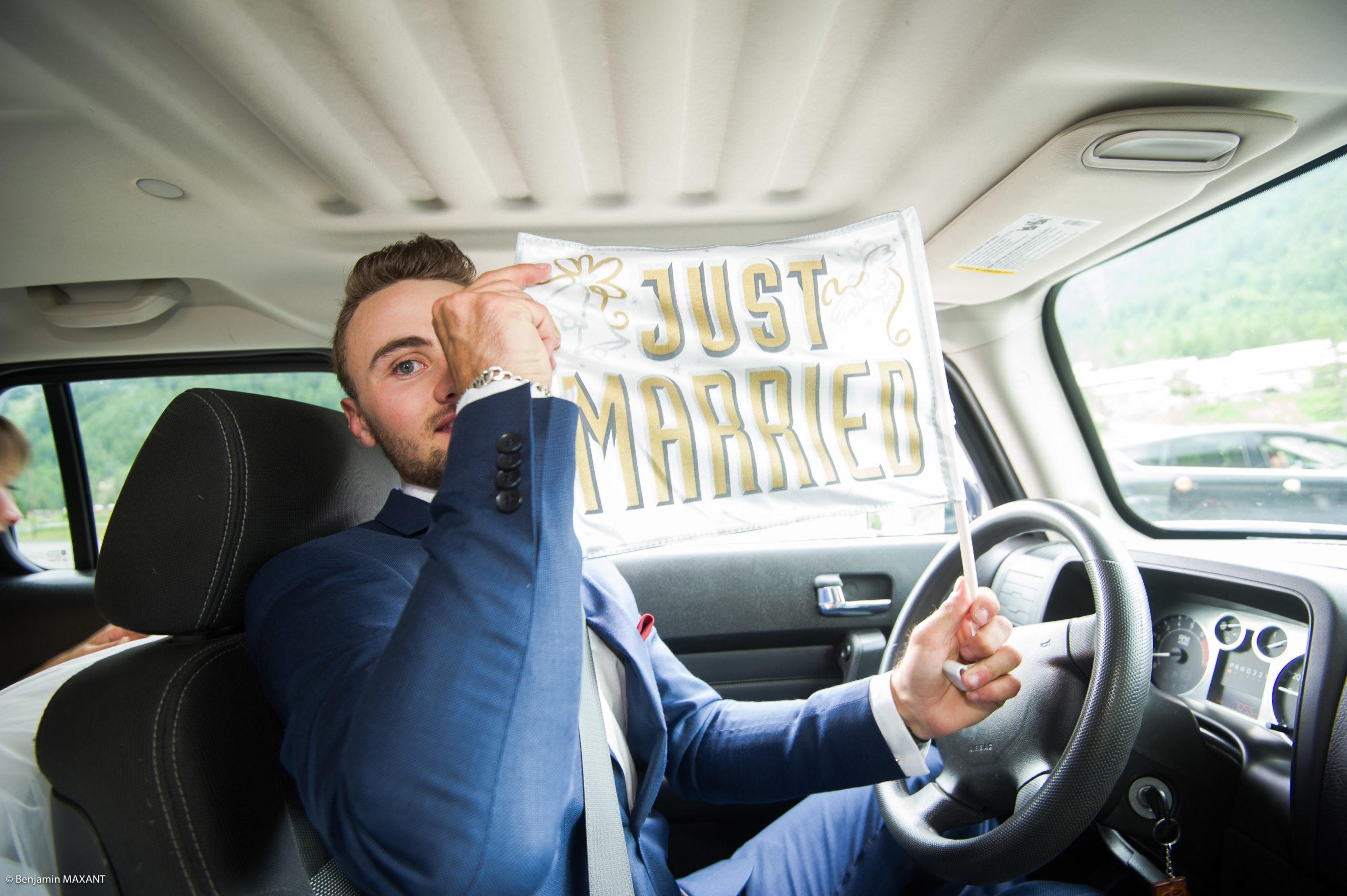 Le chauffeur des mariés - just married