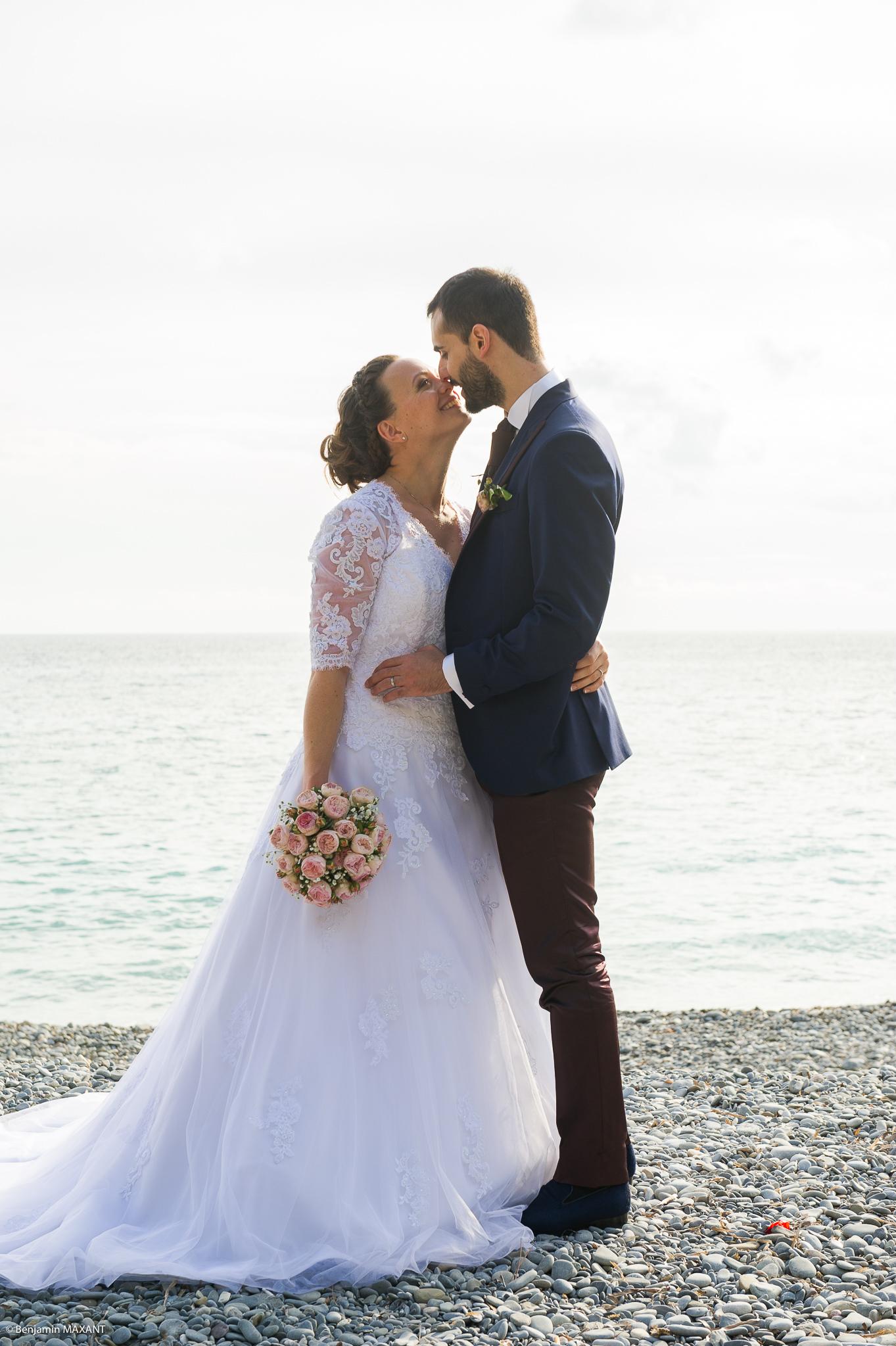 Dernières photos de couple du mariage de Valentine et Nicholas à Vintimille