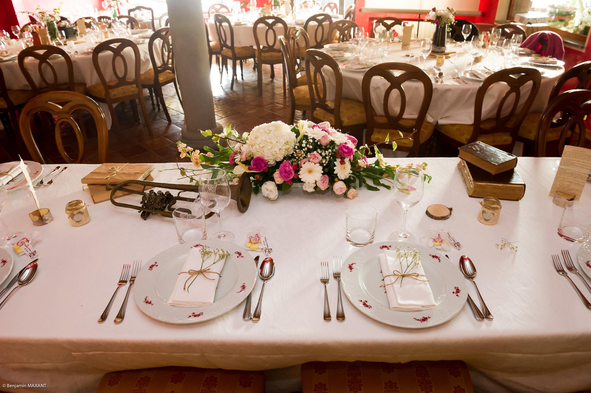 Décoration des tables du mariage de Valentine et Nicholas à Vintimille