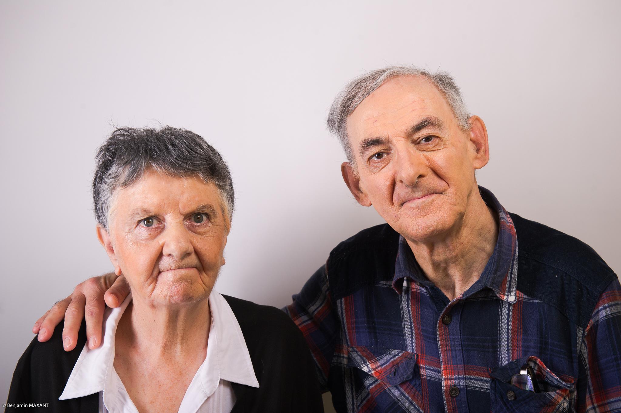 Portrait studio d'une personne âgée - couple