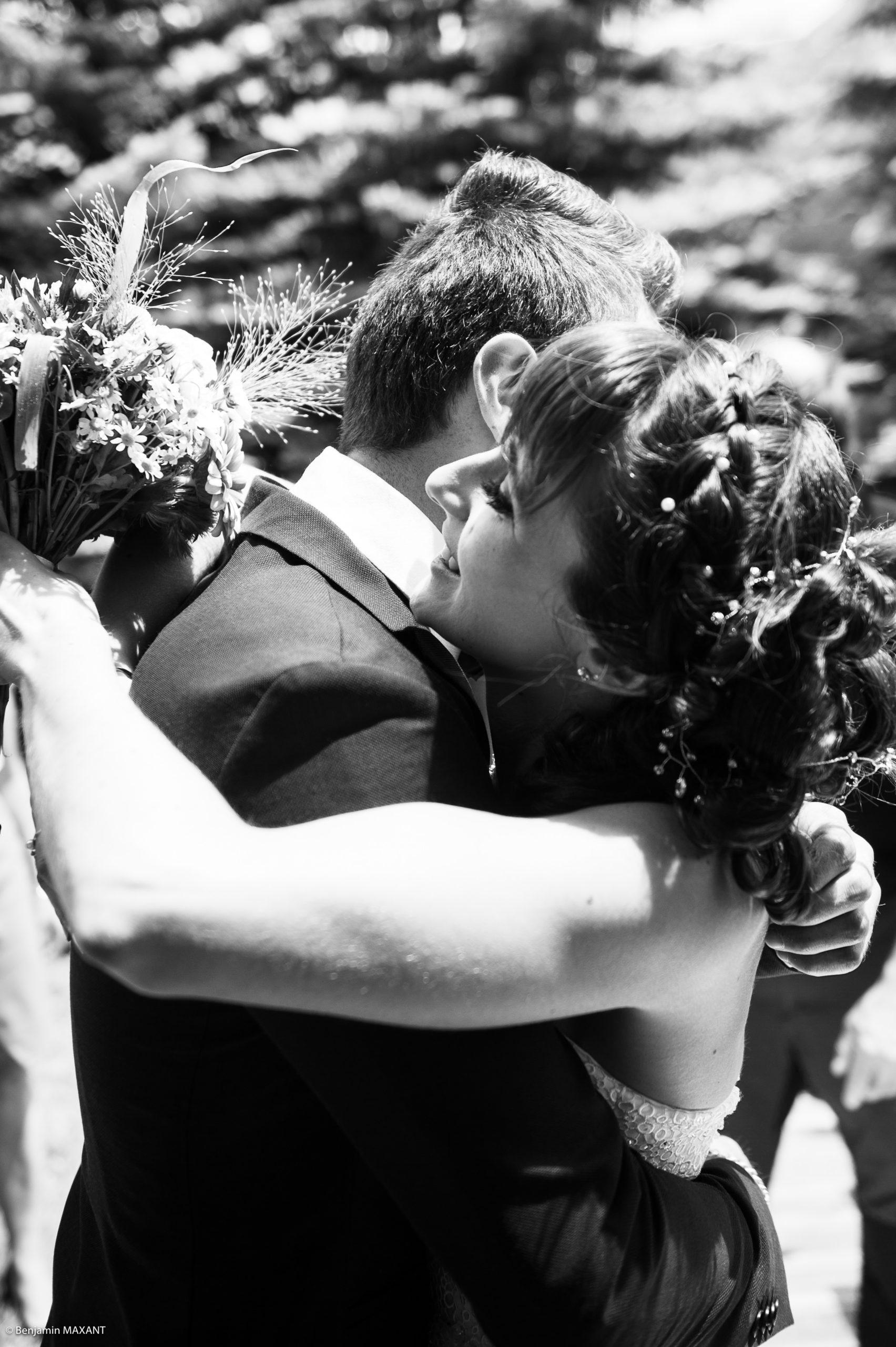 Emotions lors de la découverte de Pauline habillée en mariée