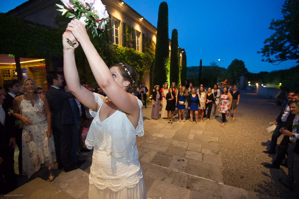 The bouquet throw