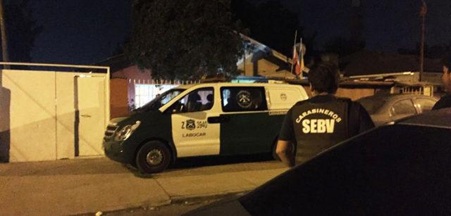 Resultado de imagen para Carabineros realizó excavación en casa de amigo de joven desaparecida en febrero