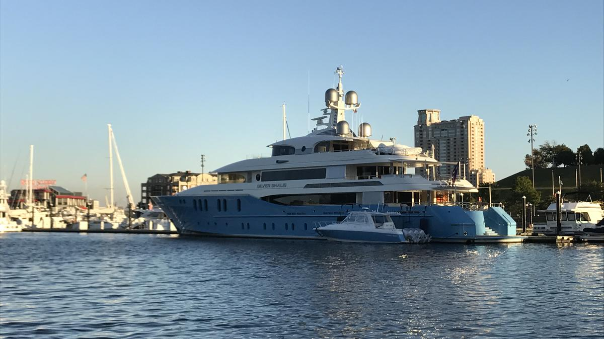 Heres Who Owns The 180 Foot Yacht Docked At The Inner