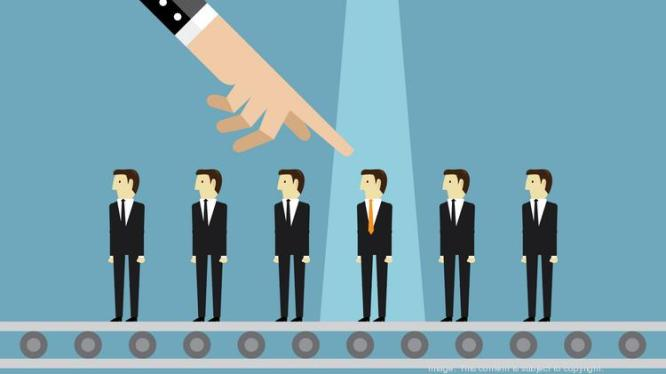 How to land your first customer as a tech startup - The Business Journals