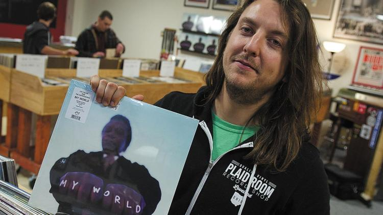 Plaid Room Records: New retail shop with retro spin (Video) - Cincinnati  Business Courier