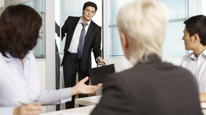 10 advantages to arriving early to meetings - The Business Journals