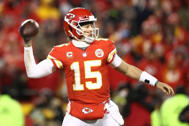 KANSAS CITY, MISSOURI - JANUARY 20: Patrick Mahomes #15 of the Kansas City Chiefs throws a pass in the first half against the New England Patriots during the AFC Championship Game at Arrowhead Stadium on January 20, 2019 in Kansas City, Missouri. (Photo by Ronald Martinez/Getty Images)