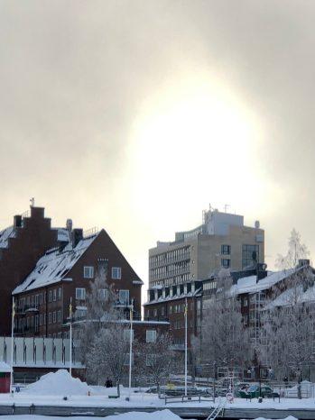 Det ljusnar över Stadshuset - Ewa
