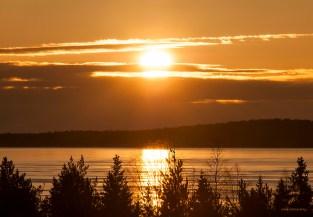 Den livsgivande solen över Mörölandet nu kl 12.00