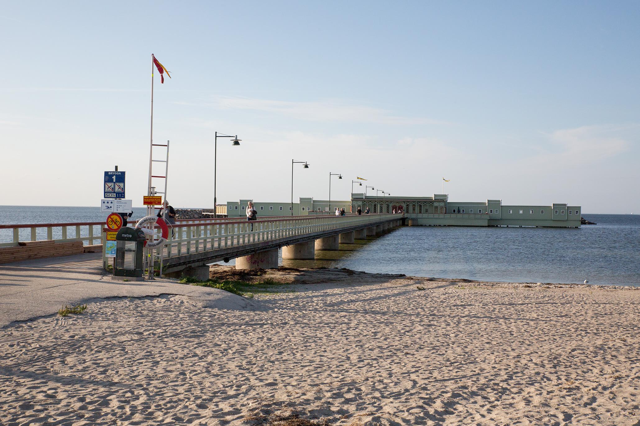 19 seot - efter en dag i lärandets anda, fick jag tid att andas lite havsluft. Ribersborg kallbadhus, Malmö.
