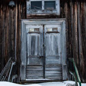 Dörr ödehus - av Cricco