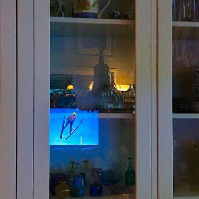 I glasets reflektion - av Cricco