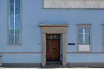 Gatumiljö - det blå huset - av Eva