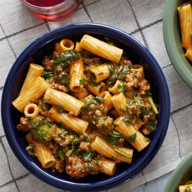 Creamy Beef Ragù Elicoidali Pasta With Spinach Cheddar Cheese