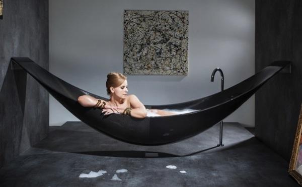 Hammock bathtub boing boing for Carbon fiber hammock bathtub