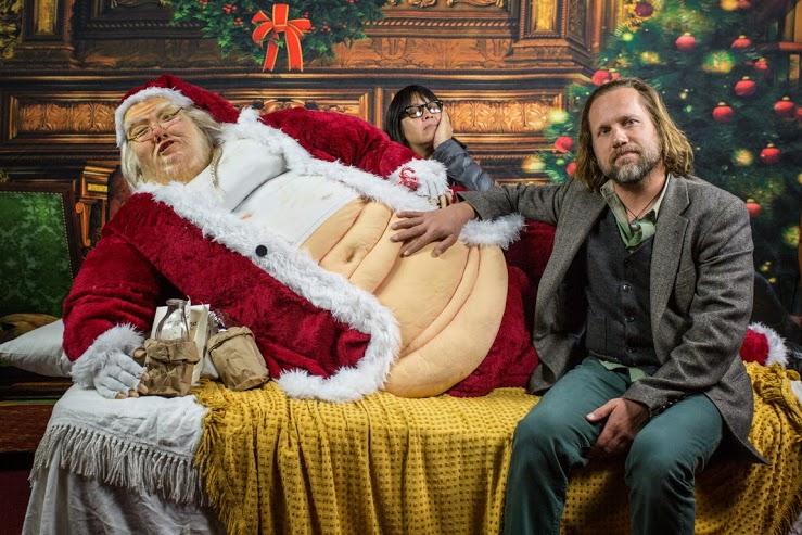 Santa The Hutt Grotesque Photo Op Santa Boing Boing