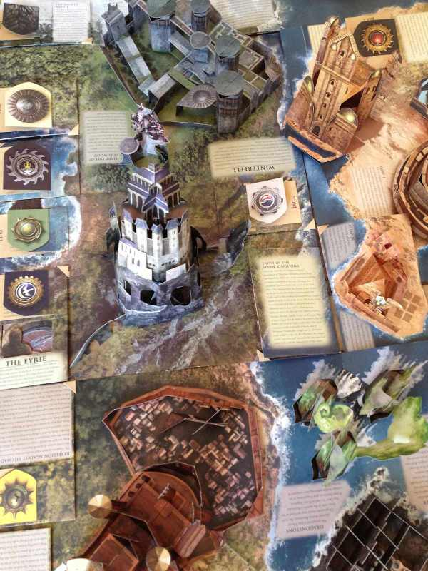 Incredible game of thrones pop up book folds out to 3d westeros as a big fan of game of thrones i was happy to get my hands on this westeros pop up book but oh my goodness i had no idea how amazing a pop up gumiabroncs Image collections