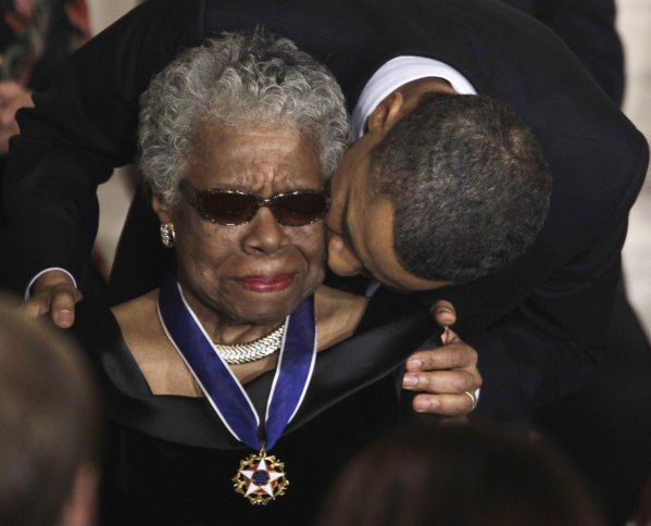 Maya Angelou receives a Medal of Freedom from U.S. President Barack Obama at the White House in Washington, February 15, 2011. (REUTERS/Larry Downing)