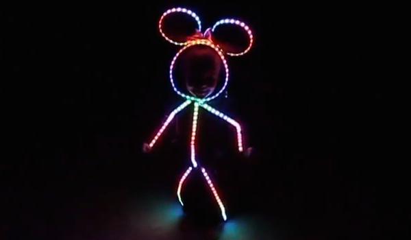 glowy-zoey